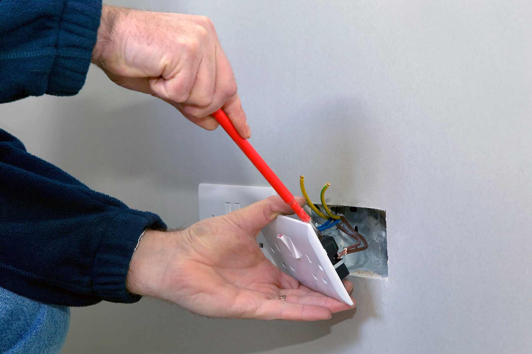 Our electricians can install plug sockets for domestic and commercial proeprties in Northwood and the local area.